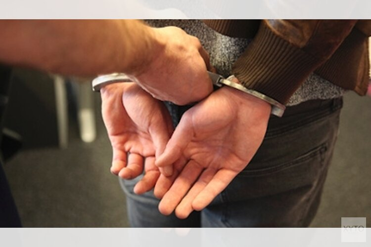 Drie veroordeelden aangehouden door EVA-team