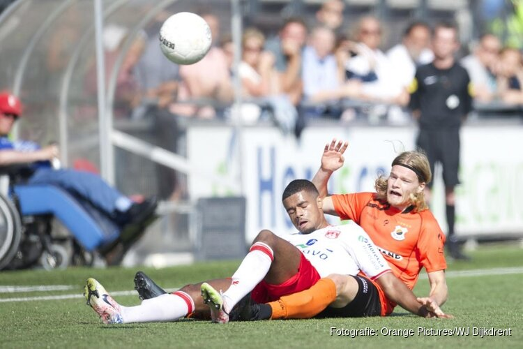 Noordwijk en Katwijk geven elkaar niets toe in derby